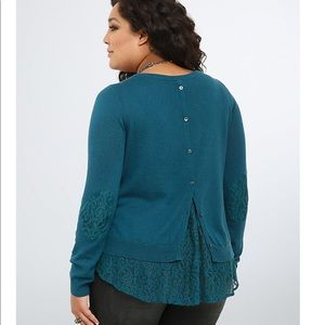 3x Torrid lace button back sweater